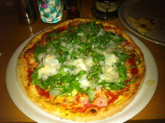 Il Sestante : Pizza mit Grana und Rucola