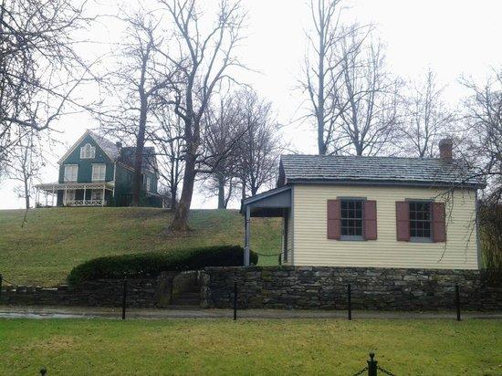 Maker's Mark: Quart House - the original drive-thru