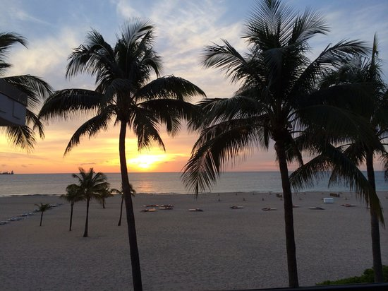 Lago Mar Beach Resort & Club : Sunrise
