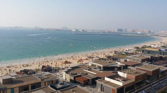 Sofitel Dubai Jumeirah Beach : The view from our balcony.
