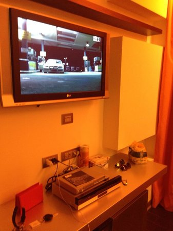 All Ways Garden Hotel & Leisure: Tv