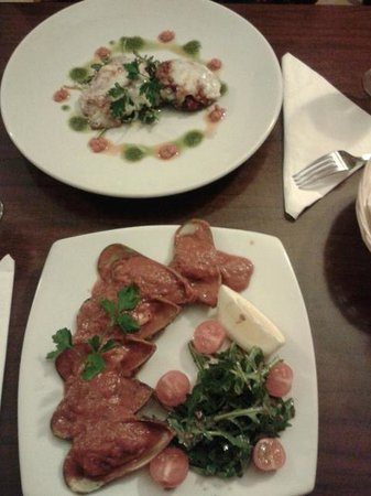 Bella Napoli Mangal: Stunning starters... i'm getting hungry looking at the photos!
