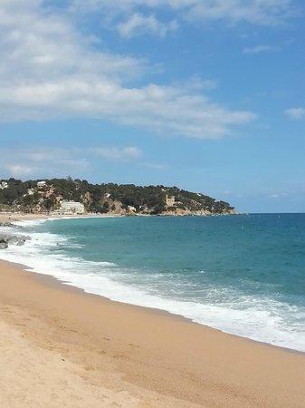 Hotel Samba: beach 20 min walk