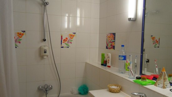 SENTIDO Phenicia : Bathroom