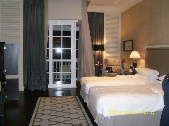 Eastern & Oriental Hotel: Spacious Bedrooms