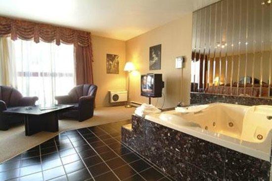 Hotel Motel Le Gite Inc.: suite nuptiale bain tourbillons sauna
