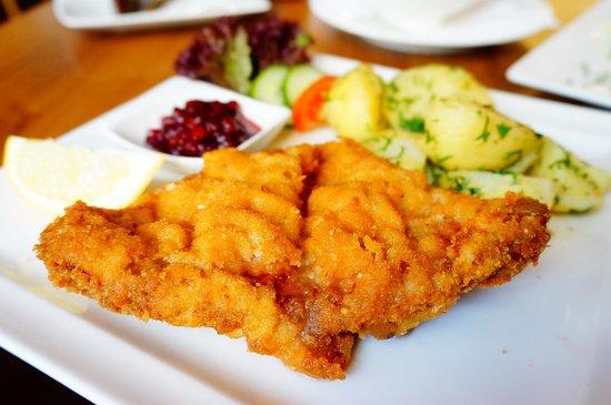 Cafe Wernbacher: Wiener Schnitzel