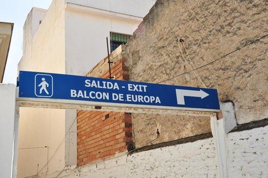 Balcón de Europa: cartel anunciador