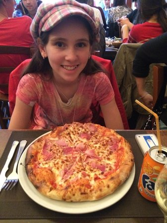 Pizza Pronto : Great Woodfire pizza at a good price.