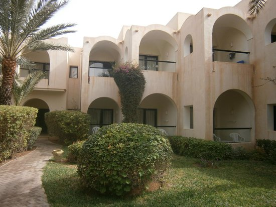 SENTIDO Djerba Beach : Balcons chambres Annexe
