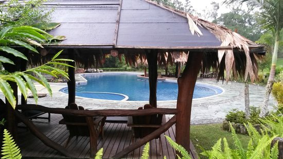 Una glorieta para disfrutar de la piscina picture of - Lucia la piedra piscina ...