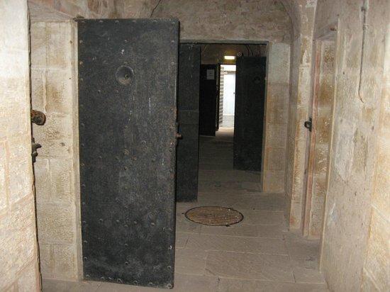 Jedburgh Castle & Jail Museum: entrace from inside