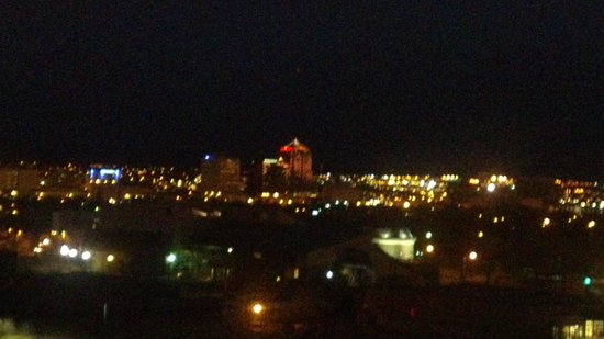Hotel Albuquerque at Old Town : ABQ skyline