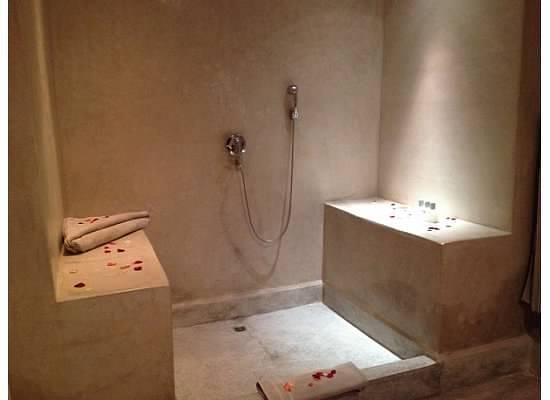Hôtel Dar Sabra Marrakech : Shower area
