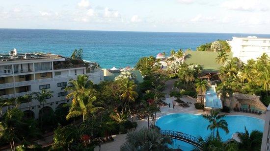Sonesta Maho Beach Resort, Casino & Spa : view from my room