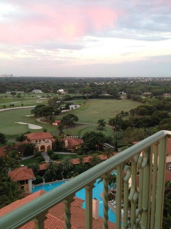 The Biltmore Hotel Miami Coral Gables: Sunrise from balcony
