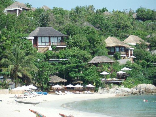 Arayaburi Boutique Resort: Соседний отель