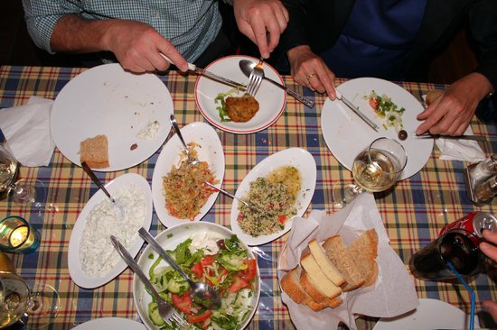 Laona Restaurant: Start of the meze