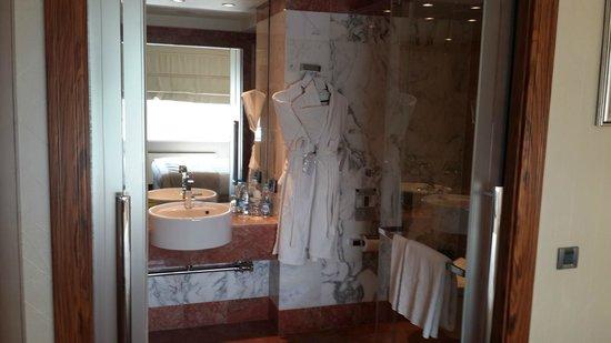 InterContinental Moscow Tverskaya Hotel : туалет