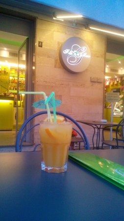 Bar-Pasticceria-Gelateria-Rosticceria F.lli De Maio : Il nuovo cocktail in esclusiva solo al BAR DE MAIO.... Venite a gustarlo!!!!! Vi aspettiamo!!!!