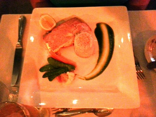 The Sugar Mill Restaurant: Grouper Entree