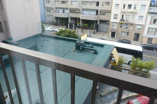 Cova Hotel: vue pas géniale