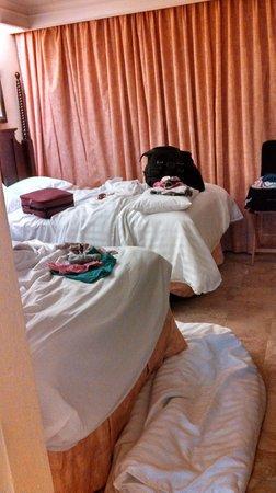TradeWinds Island Grand Resort : Bedroom