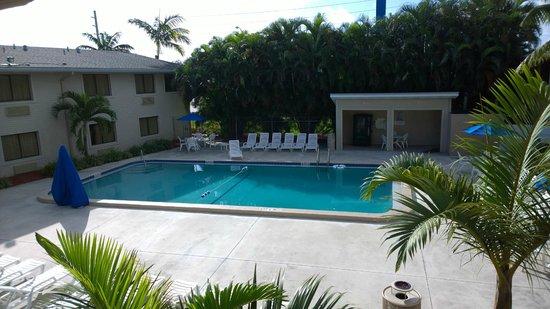 Motel 6 Fort Lauderdale: Het zwembad