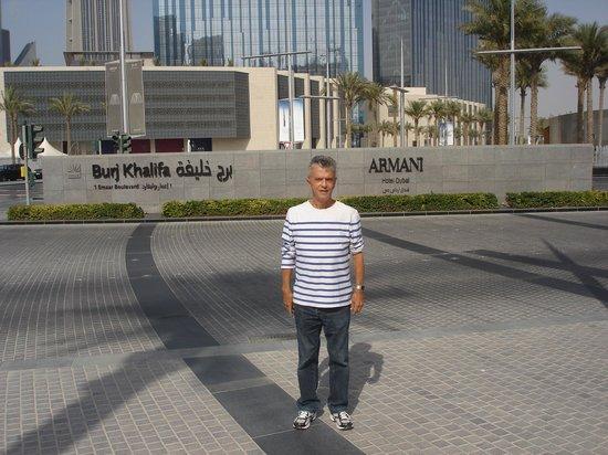 Armani/Mediterraneo: At the entrance of Burj Al Khalifa and Armani Hotel in Dubai