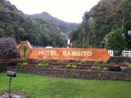 Hotel Bambito Resort: Hotel sign