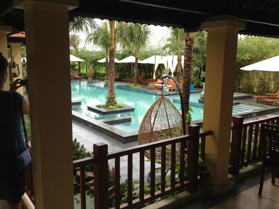 Essence Hoi An Hotel & SPA: View of swimming pool area