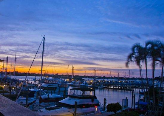 Cove Inn on Naples Bay : Naples Bay