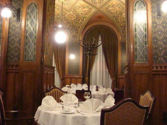 Strudel picture of karpatia restaurant brasserie