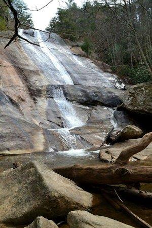Stone Mountain State Park: Beautiful falls