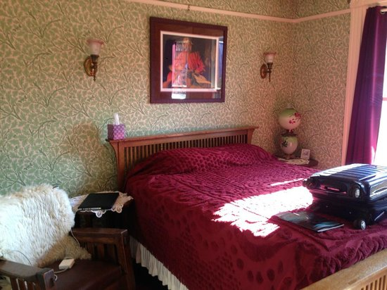 Alaska's Capital Inn Bed and Breakfast : Comfortable, aesthetically appealing rooms
