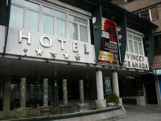 Vincci Granada Hotel : Вход