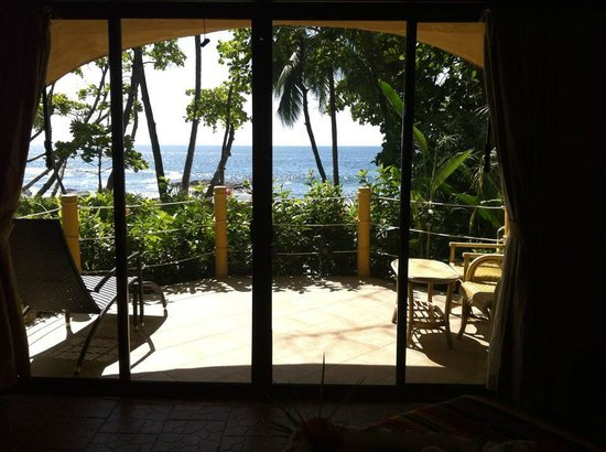 Ylang Ylang Beach Resort: The breathtaking view from our beach bungalow, Dome 1.