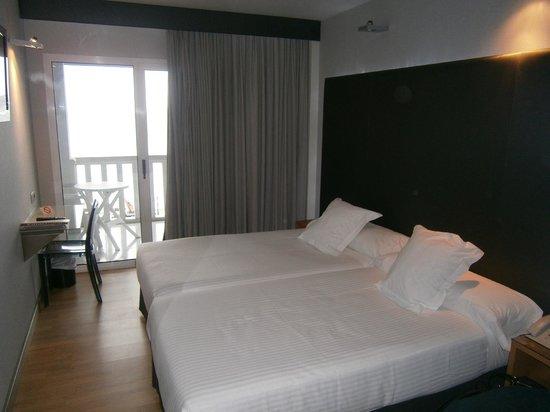 Hotel Chiqui: Habitación