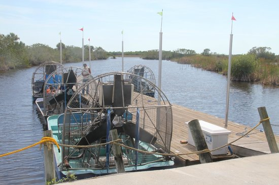 Capt Mitch's - Everglades Private Airboat Tours: Our Ride