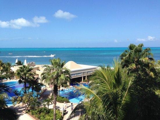Hotel Riu Caribe: View from Balcony