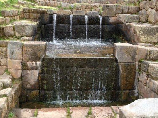 Tipón: beautiful fountain