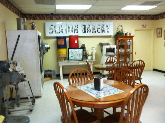 Slaton Bakery: Lunchroom