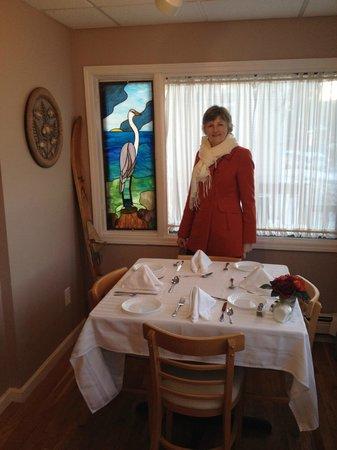 Waterstone Inn: Breakfast Room