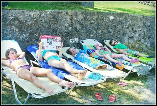 Louis Corcyra Beach Hotel: Afternoon nap on the beach.
