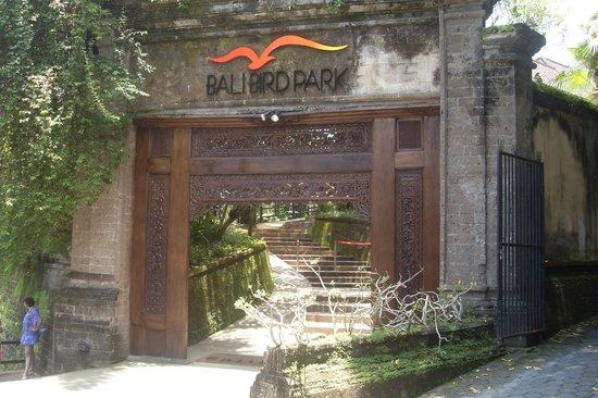 Bali Bird Park: entrance