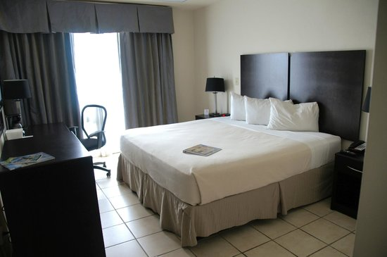Ponce Plaza Hotel and Casino : typical room