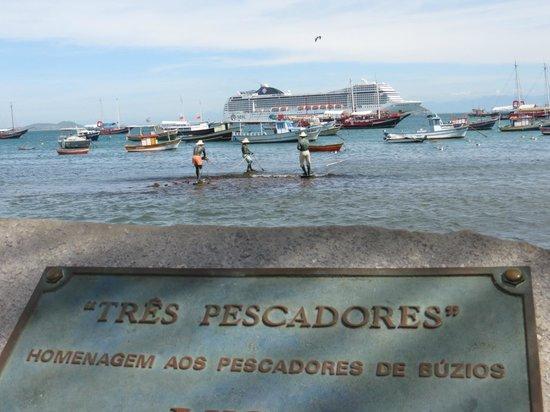 Rua das Pedras : homenagem aos pescadores de Búzios...