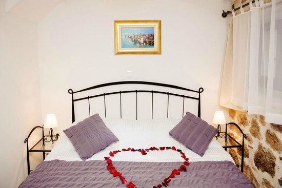 Badroom app.2 - Picture of Apartments Bonaca, Split - TripAdvisor