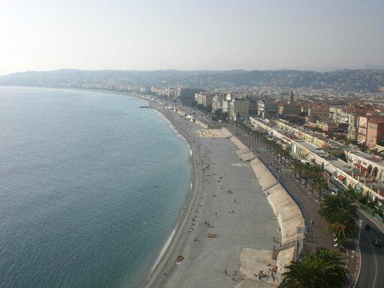 Nice Excelsior - Châteaux & Hôtels Collection : Foto Panorâmica da Praia de Nice ( não do hotel)