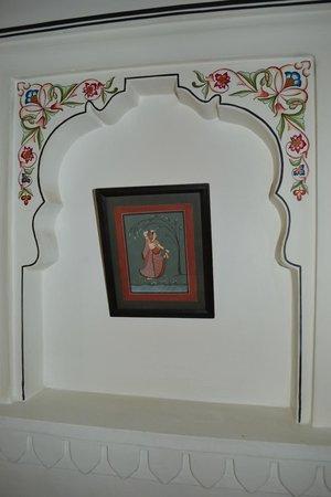 Hotel Pushkar Palace: Déco Chambre